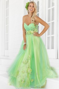 Buying-Your-Prom-Dress-Online