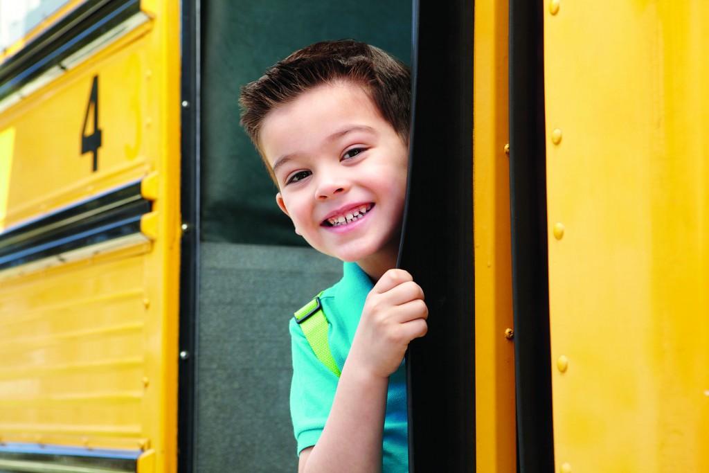 Мальчик в автобусе