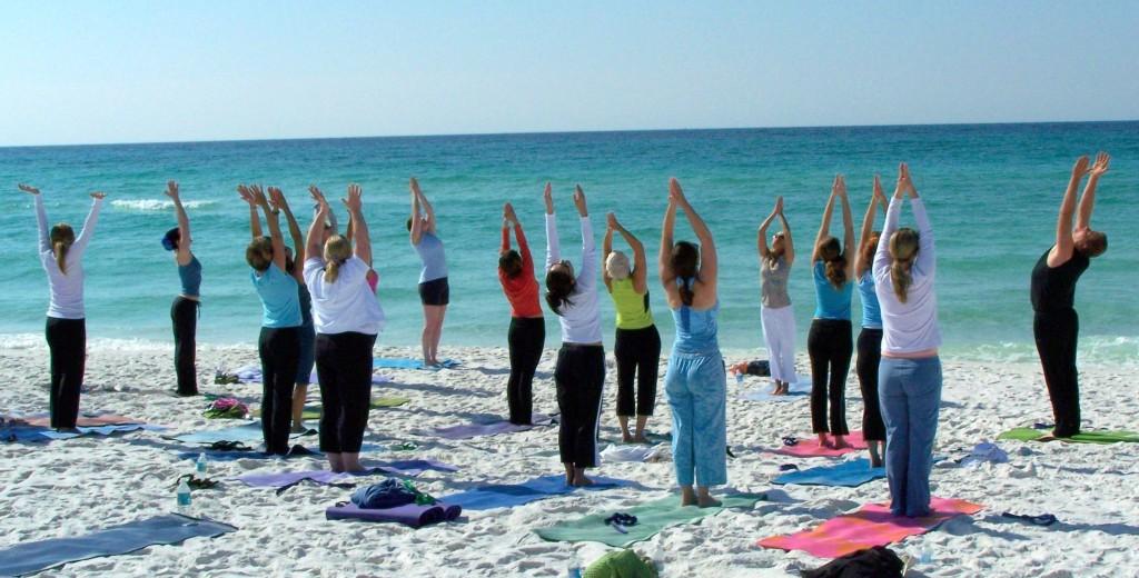 Йога у моря